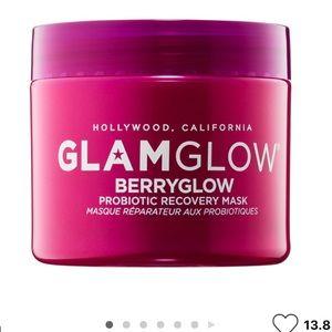 GLAMGLOW Berryglow probiotic recovery mask, BINB